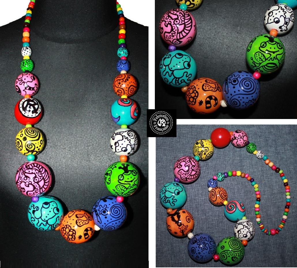 collier sautoir g ant grosses perles multicolores en bois peint la main style spych d lique. Black Bedroom Furniture Sets. Home Design Ideas
